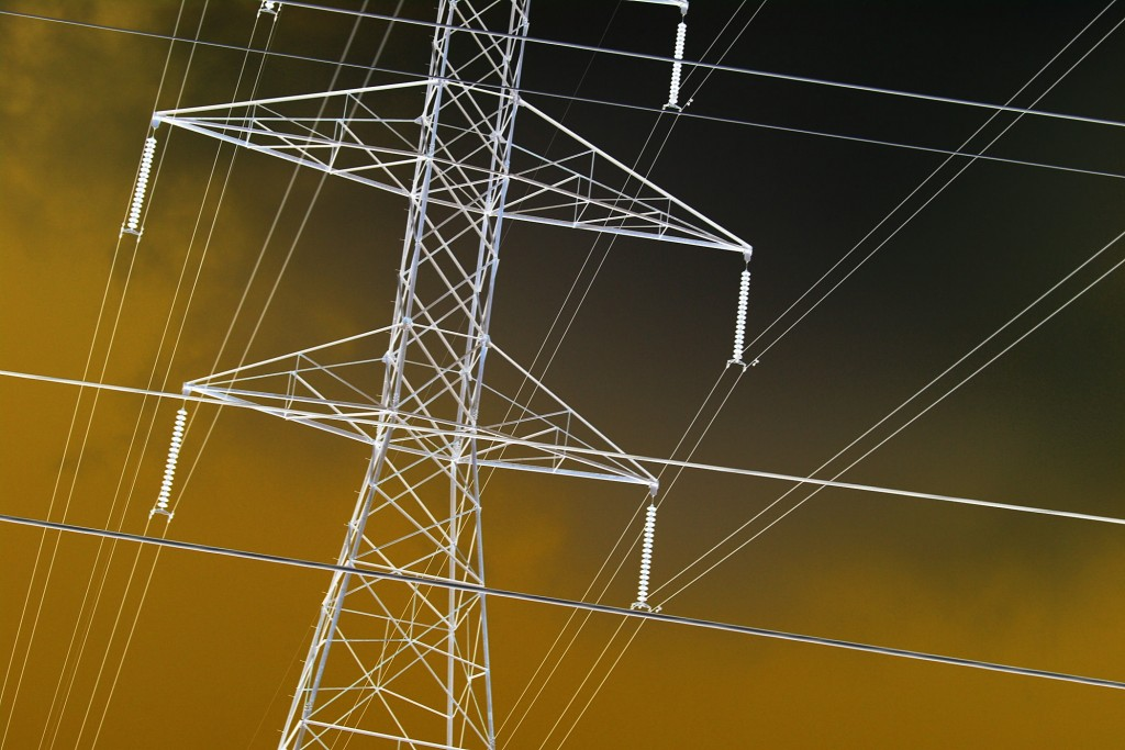utility-high-tension-power-lines-intersecting